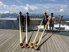 Alpenhornbläser am Kitzsteinhorn Austria, Tour Operator, Alps, Destinations, Viajes