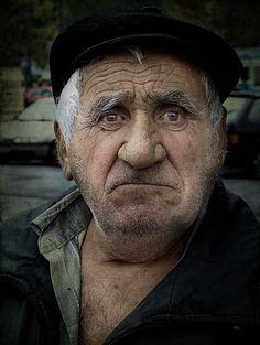 "Titulo: ""S/T"" Foro: RETRATO: EL ROSTRO DEL ALMA Autor: Ruslan Karpov Fotógrafo Amateur Pais: Bielorrusia Perfil: http://blipoint.es/fotografo-amateur/imagenes_de_ruslan-karpov_14654.html"