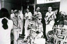 Kings Cross in Sydney 1970 photographed by Rennie Ellis and Wesley Stacey Hare Krishna - where are they now?
