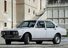 Présenté au Salon de Turin en novembre 1980, le nouveau coupé Alfetta GTV6 (contraction de GTV et V6) amène avec lui une refonte profonde de la gamme Alfetta GT & GTV où seules les versions nouvellement appelées GTV 2.0 et GTV6 2.5 subsistent.