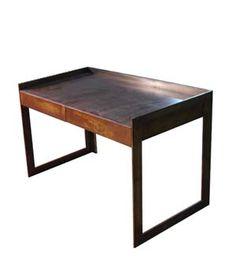 escritorio vintage estilo industrial en hierro oxidado ucbrueel sobre del escritorio