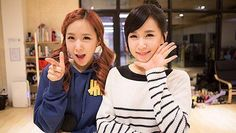 Crayon Pop twins ChoA and Way to form a new sub-unit? | http://www.allkpop.com/article/2014/05/crayon-pop-twins-choa-and-way-to-form-a-new-sub-unit