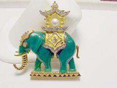 Vintage Gold Tone & Green Jade Elephant Brooch    Hattie Carnegie #HattieCarnegie