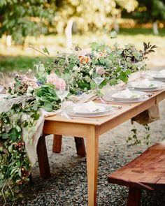Rustic Farm Wedding Inspiration Shoot   Photo: Cat Mayer Studio   http://emmalinebride.com/bride/rustic-farm-wedding-inspiration/