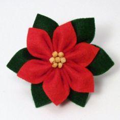 Felt Poinsettia DONATIONWARE craft tutorial : PlanetJune Shop, cute and realistic crochet patterns & Felt Flowers, Diy Flowers, Fabric Flowers, Paper Flowers, Flower Diy, Poinsettia, Christmas Projects, Felt Crafts, Holiday Crafts