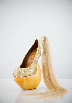 "Masaya Kushino, ""Lung-ta (The Wind Horse)"" shoes, 2008, white leather, human hair, leavers lace, lacquered Japanese cypress wood"
