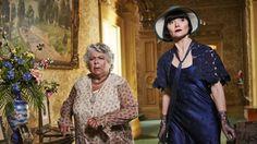 Miss Fisher's Murder Mysteries Season 3 Episode 5 : Death & Hysteria Miss Fisher, France 3, Friend Book, 20s Fashion, Fashion History, Miss Marple, Murder Mysteries, Music Photo, Episode 5