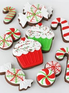 Glorious Treats » Peppermint Candy Decorated Cookies