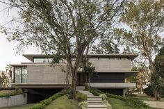 Gallery of GG House / sommet - 7 Residential Architecture, Amazing Architecture, Modern Architecture, Architect House, Architect Design, Design Exterior, Interior And Exterior, Haus Am Hang, Masonite Interior Doors