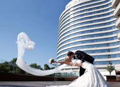 Conrad Hotel İstanbul wedding day wedding photography ikibinoniki.com