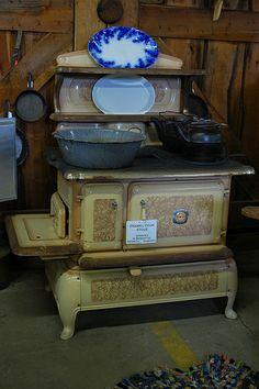 vintage  stoves | Antique stove | Flickr - Photo Sharing!