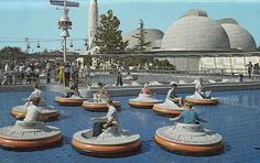 Disneyland Flying Saucers Postcard 1960's.  I remember these! The ride wasn't very long, but it was FUN!!
