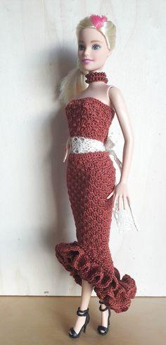 Puppenkleidung - Barbie Kleid (gehäkelt), braun - ein Designerstück von Anna-Tim bei DaWanda