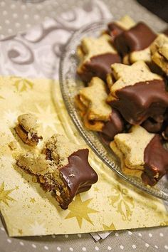 Nougat - Taler Kuchen, Fussel, Kuchen Nougat - Taler, a refined recipe in the category biscuits & cookies. German Christmas Cookies, Christmas Baking, Christmas Recipes, Baking Recipes, Cookie Recipes, Dessert Recipes, Biscuit Cookies, Cake Cookies, Cakes And More