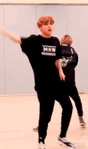 Hoppin' out casket fresh lookin' like a fashion show~ Sm Rookies, Korean Boy Bands, Mark Lee, Taeyong, My Sunshine, My Man, Jaehyun, Nct Dream, Nct 127