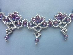 DIY Jewelry: FREE beading pattern for beautiful lacy beaded necklace woven with 4mm pearls, twin or Superduo beads, and Czech 11/0 seed beads.