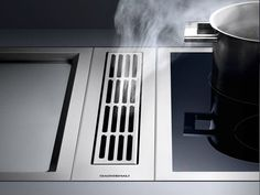 Gaggenau Modular Downdraft Ventilation System with Optional Blowers, 3 Fan Levels, Metal Grease Filter, Convertible To Recirculation and Requires Control Knob Kitchen Hoods, Kitchen Pantry, New Kitchen, Kitchen Ideas, Kitchen Modern, Kitchen Extractor Fan, Extractor Fans, Downdraft Extractor, Cooking Appliances