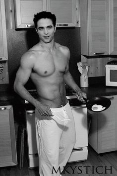 You can make breakfast shirtless for me any day and everyday ;) #RobertPattinson OMG everyday <3