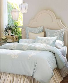 Beautiful Bedrooms & Beds - Home Bunch - An Interior Design & Luxury Homes Blog