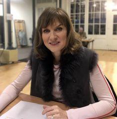 Fiona Bruce, Antiques Roadshow, Tv Presenters, Beautiful