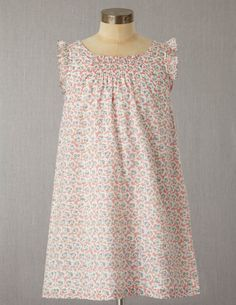 mini boden dress...maybe can find a pattern?
