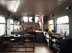 bella-illusione:  Boat House Interior   definitely. we...