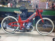 @tomahawkmopeds: 'Motoconfort rigid frame moped built by Pierre Uguen from Northern France. Beautiful bike! Thanks…'