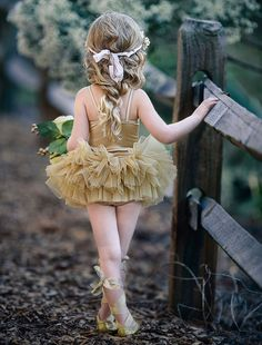 Our gorgeous GOLD Mistletoe Tutu is a new standard fit and design with a mistletoe applique braid on the front with layers of fully gathered skirt attached to a Little Girl Dresses, Girls Dresses, Flower Girl Dresses, Baby Tutu, Baby Dress, Little Ballerina, Foto Art, Tutus For Girls, Beautiful Children