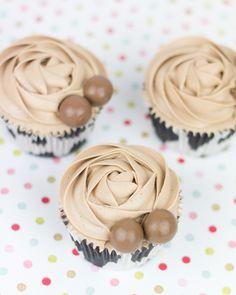 Objetivo: Cupcake Perfecto.: Cupcakes de Maltesers, sorteo exprés y ¡¡¡feliz día de las mamis!!!