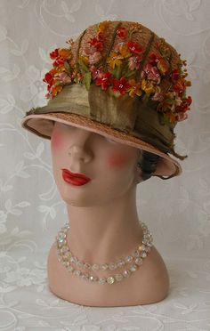 Old Fashioned Clothes : Straw Cloche - Charming Velvet Flowers - Wide Gold Metallic Ribbon Knot - . Vintage Outfits, Vintage Fashion, Vintage Hats, 1950s Fashion, Victorian Fashion, Fashion Fashion, Green Silk, Pink Silk, Flapper Hat