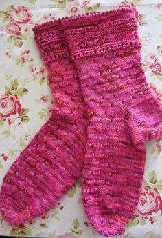 Lace Socks free pattern