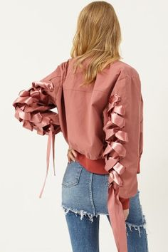 Mary Strappy Sleeves Jumper >>Discover the latest fashion trends online at storets.com #pinkjumper #strappysleevesjumper #strappyjumper