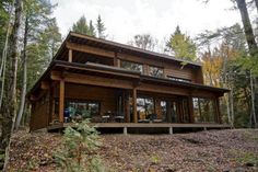 Un projet Honka Canada Amazing Architecture, Architecture Design, Log Cabin Homes, Log Cabins, Prefabricated Houses, Cottage Plan, Sims 4 Houses, Felder, Wooden House