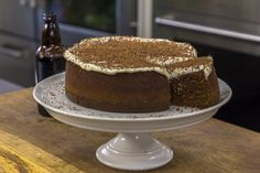 This Chocolate and Guinness Cake is intended to look like a pint or an Irish Coffee. It is rich and decadent and has a cream cheese and Guinness icing! Cake Recipes, Dessert Recipes, Desserts, Guinness Cake, Cooking For Two, Cooking Tips, Cooking Recipes, James Martin, Sweet Pastries
