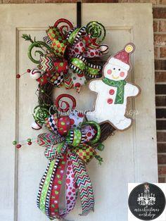 Christmas wreath snowman wreath cookie by MrsChristmasWorkshop