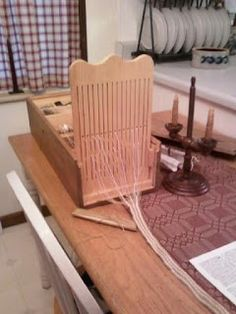 Box loom similar to the tapestry le travail de la laine
