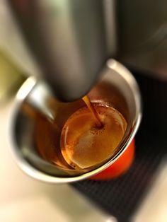 Guten Morgen…auch wenn es draussen noch dunkel ist erhellt ein #Arpeggio #Kaffe von @Nespresso den Tag