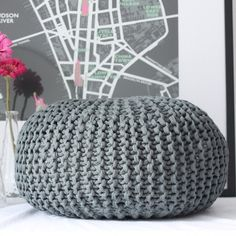 i really want a pouf...for Khloe's room