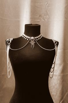 Bridal Necklace for the shoulders Pearl and rhinestone Jewellry Bridal Epaulettes VIntage Wedding Gothic necklace Gothic Jewelry OOAK pearl shoulder necklace pearl and rhinestone by mylittlebride 1920s Jewelry, Gothic Jewelry, Unique Jewelry, Vintage Jewelry, Jewelry Ideas, Fine Jewelry, Shoulder Jewelry, Shoulder Necklace, Bridal Necklace