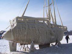Constanta - Frozen boat #Rumanía