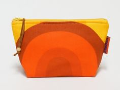 "Handmade vintage fabric zippered pouch van ""Groovy Sensations""  by Ella-Osix op DaWanda.com"