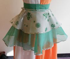 1950s Christmas apron by EvaWagenfish on Etsy, $40.00