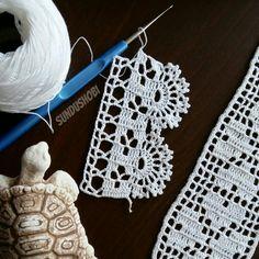 Angela Martin's media content and analytics Filet Crochet, Crochet Cord, Crochet Diagram, Love Crochet, Crochet Baby, Crochet Trim, Yarn Crafts, Sewing Crafts, Crochet Boarders