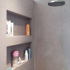 Leuk idee voor in de douche, een nis voor al mijn douche-stuff :) Of toch maar zo'n tiger niskorf?