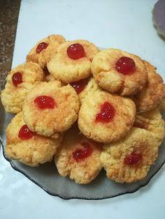 Ινδοκάρυδα !!! ~ ΜΑΓΕΙΡΙΚΗ ΚΑΙ ΣΥΝΤΑΓΕΣ 2 Dessert Recipes, Desserts, Greek Recipes, Biscuits, Muffin, Breakfast, Food, Resep Pastry, Recipes