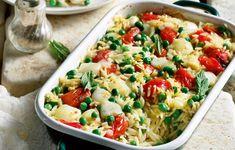 Καλοκαιρινό γιουβέτσι με λαχανικά της εποχής και μπόλικο δυόσμο για άρωμα. Pasta Salad, Potato Salad, Cooking Recipes, Vegan, Chicken, Ethnic Recipes, Food, Daddy, Crab Pasta Salad