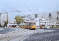 Ilyen is volt Budapest - 1980 táján, Flórián tér Budapest Travel, Old Pictures, Historical Photos, Arch, Landscapes, Florida, Street View, Marvel, History