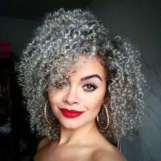 Pretty Lady! @ninagabriellass #LuvYourMane #blackisbeautiful #naturalhairsistas #naturalhair