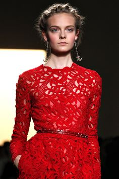 Valentino Spring 2012 Ready-to-Wear - Details - Gallery - Style.com