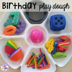 Birthday Themed Centers & Activities for Little Learners - Pocket of Preschool Birthday themed play dough tray! Birthday theme activities and centers preschool, pre-k, and kinder students will LOVE! Preschool Centers, Preschool Lessons, Preschool Math, Activity Centers, Kindergarten, Preschool Themes, Eyfs Activities, Playdough Activities, Activities For Kids